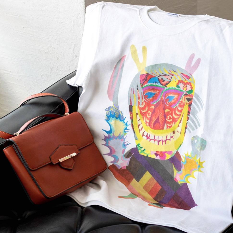秋田人形道祖神 Tシャツ 商品画像